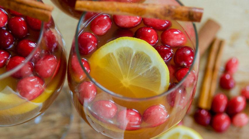 Apple Cider Christmas Cocktail