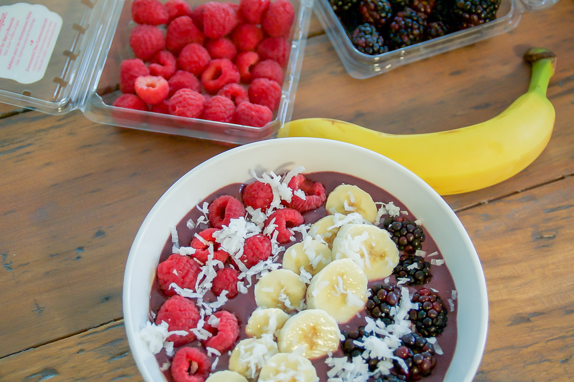 favorite acai bowl bases and toppings